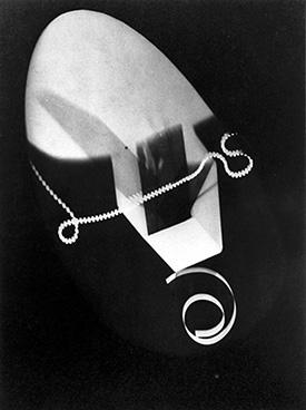 Man Ray, Rayograph, 1925.